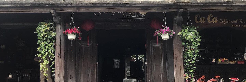 https://gody.vn/blog/congchua_mauhong803174/post/yen-binh-ben-mot-goc-pho-co-hoi-an-8864