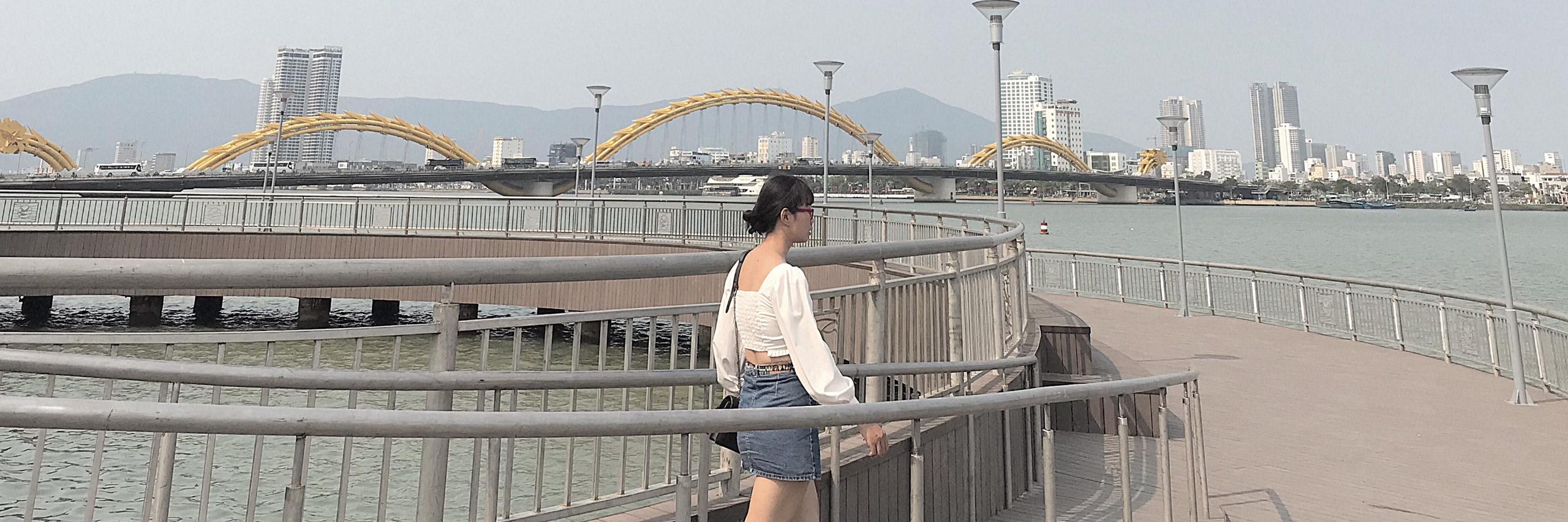 https://gody.vn/blog/congchua_mauhong803174/post/goc-check-in-moi-o-da-nang-voi-view-ngam-tron-cau-rong-8887