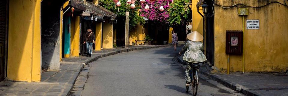 https://gody.vn/blog/congchua_mauhong803174/post/hoi-an-mua-nay-co-gi-6716