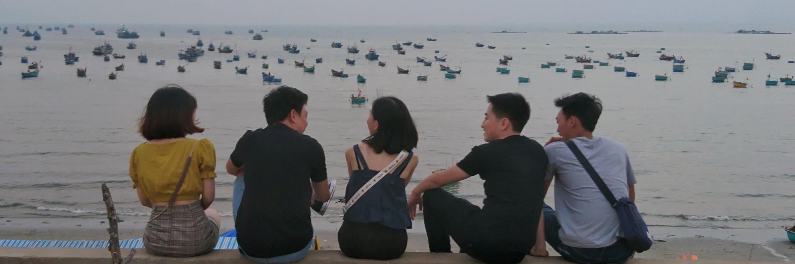 https://gody.vn/blog/nguyenthuy249956044/post/binh-thuan-2019-em-co-muon-ngay-nao-do-minh-ra-khoi-5786