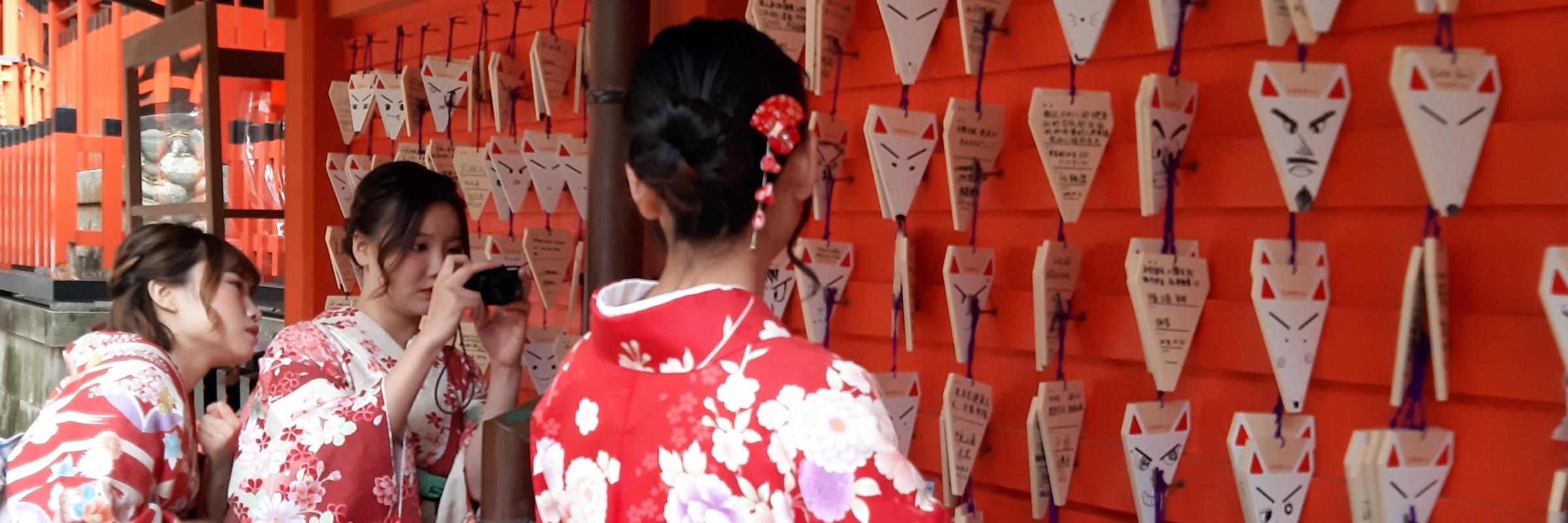 https://gody.vn/blog/tanjiangnan6591/post/muon-ngam-kimono-hay-den-kyoto-1962