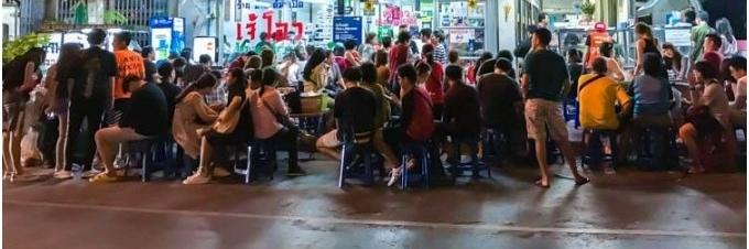 https://gody.vn/blog/hoangnguyen1511891533/post/ba-tiem-an-khach-phai-kien-nhan-doi-o-bangkok-2047