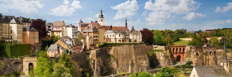 https://gody.vn/blog/knigh.gody/post/du-lich-luxembourg-ve-dep-doc-dao-cua-hon-ngoc-bi-lang-quen-1805