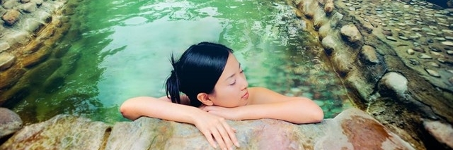 https://gody.vn/blog/nguyentoan/post/list-7-suoi-nuoc-nong-tu-nhien-dep-nhu-tien-canh-o-viet-nam-564