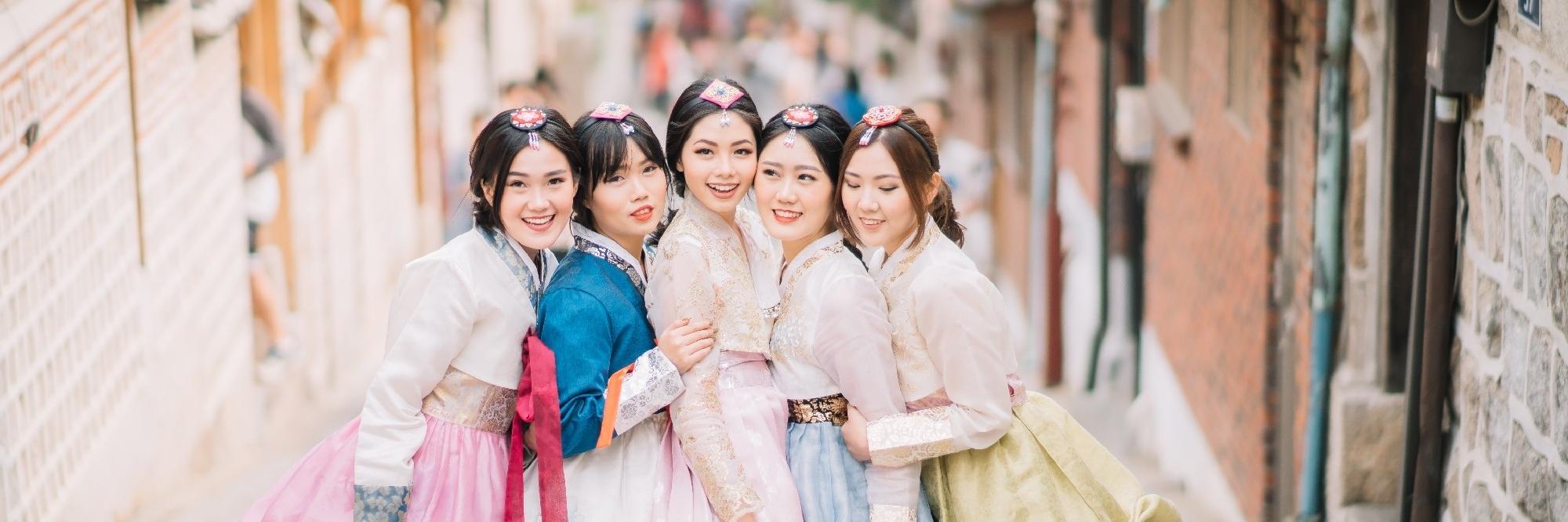 https://gody.vn/blog/nguyentoan02/post/kinh-nghiem-thue-va-trai-nghiem-mac-hanbok-khi-du-lich-han-quoc-955