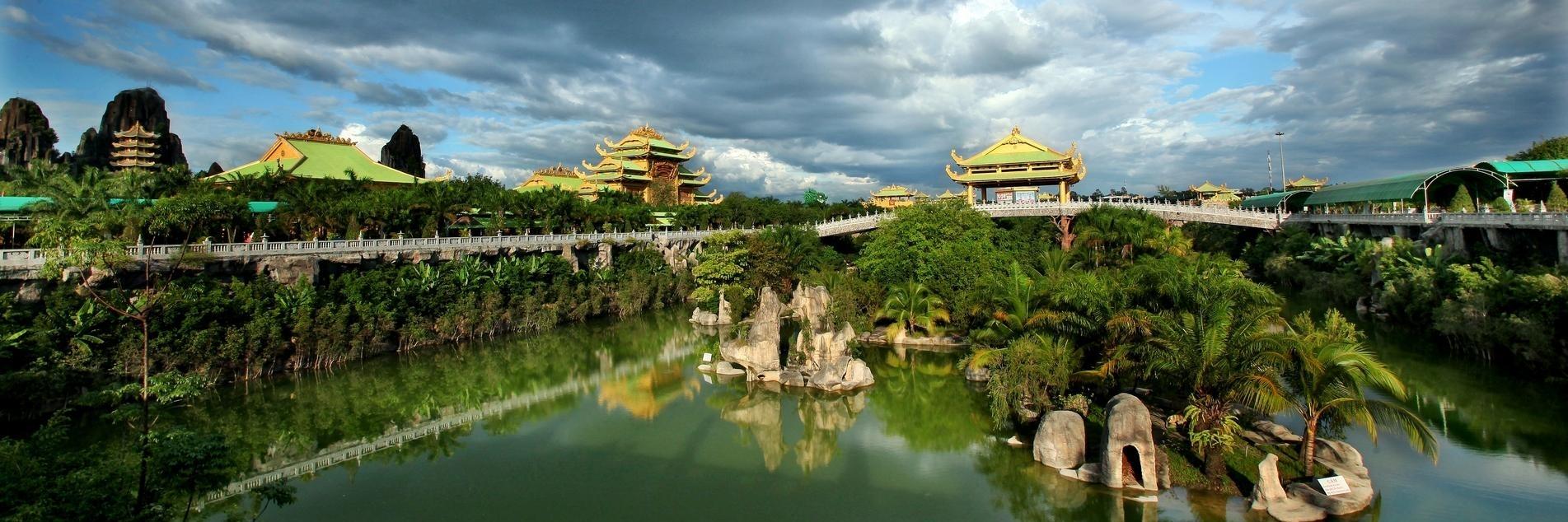 https://gody.vn/blog/nguyentoan05/post/huong-dan-di-tu-sai-gon-den-khu-du-lich-dai-nam-thuan-tien-nhat-4779