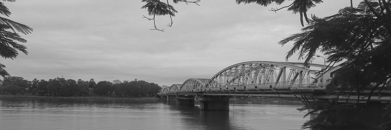 https://gody.vn/blog/trhgvhung.fa1924/post/vietnamsolo-hue-net-tram-mac-co-do-927