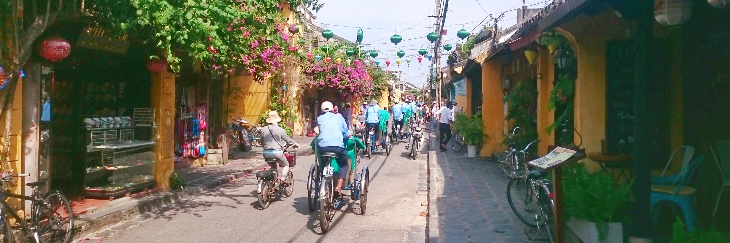 https://gody.vn/blog/trhgvhung.fa1924/post/vietnamsolo-hoi-an-dem-hoai-pho-hoi-956