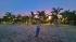 Có một bãi biển đẹp như Hawaii chỉ cách Hà Nội 2 giờ đồng hồ