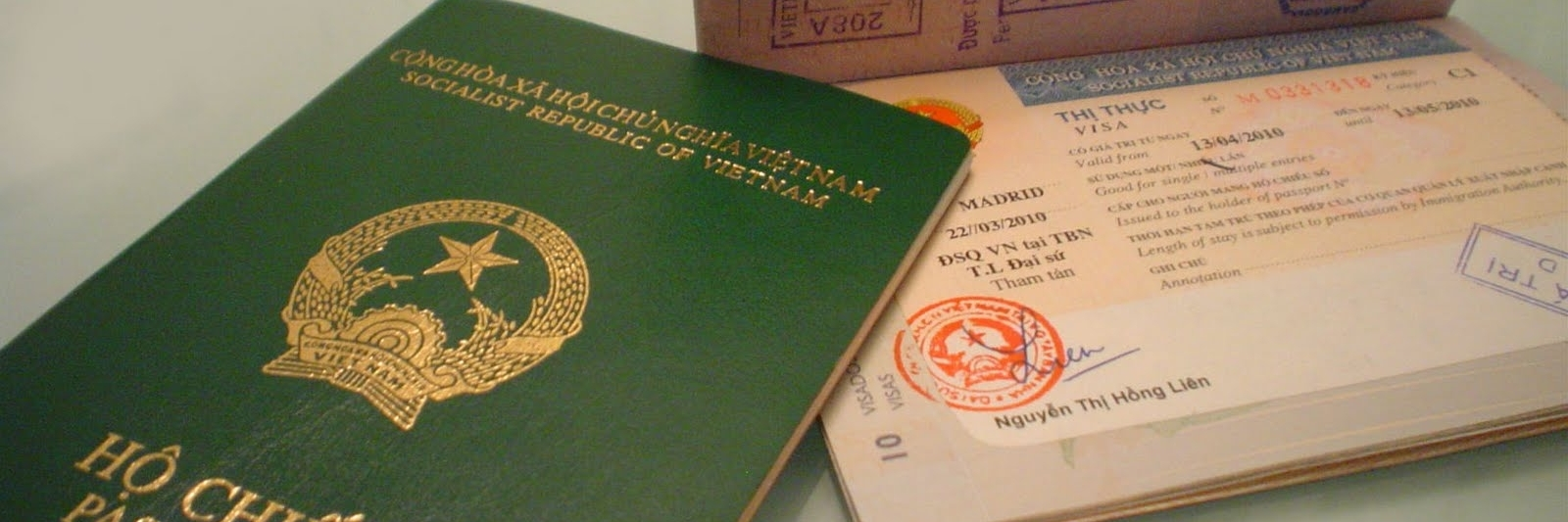 https://gody.vn/blog/visadulichnuocngoai/post/kinh-nghiem-lam-ho-chieu-passport-danh-cho-nguoi-ngoai-tinh-6325