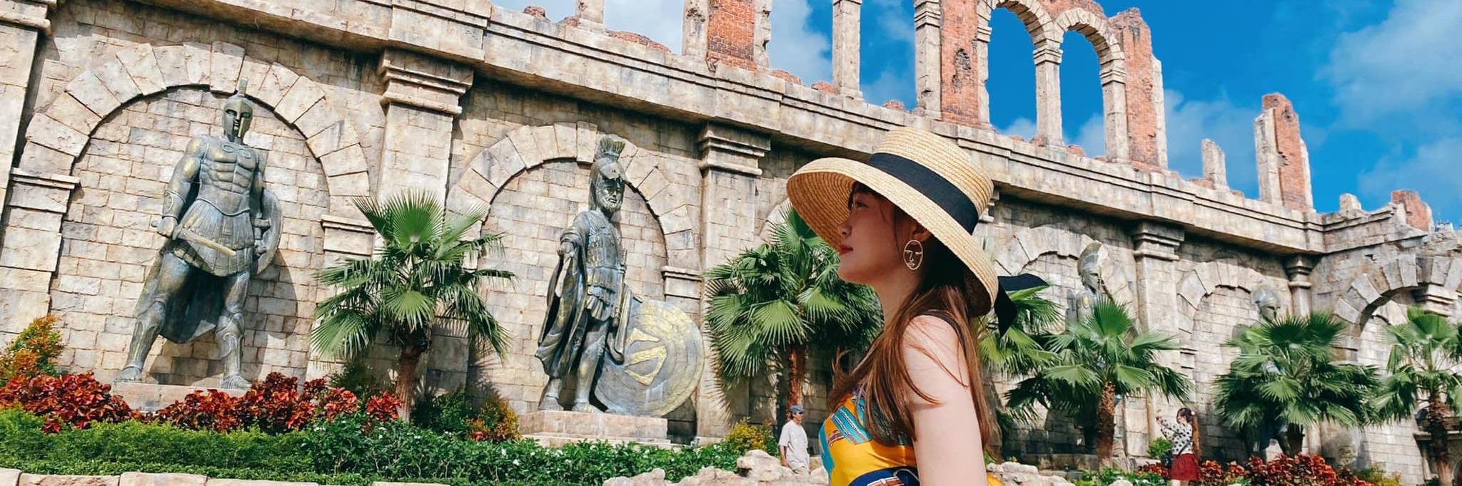 https://gody.vn/blog/thanhngoc6146/post/check-in-2-dau-truong-la-ma-phien-ban-viet-nam-dep-nhu-o-troi-au-8775