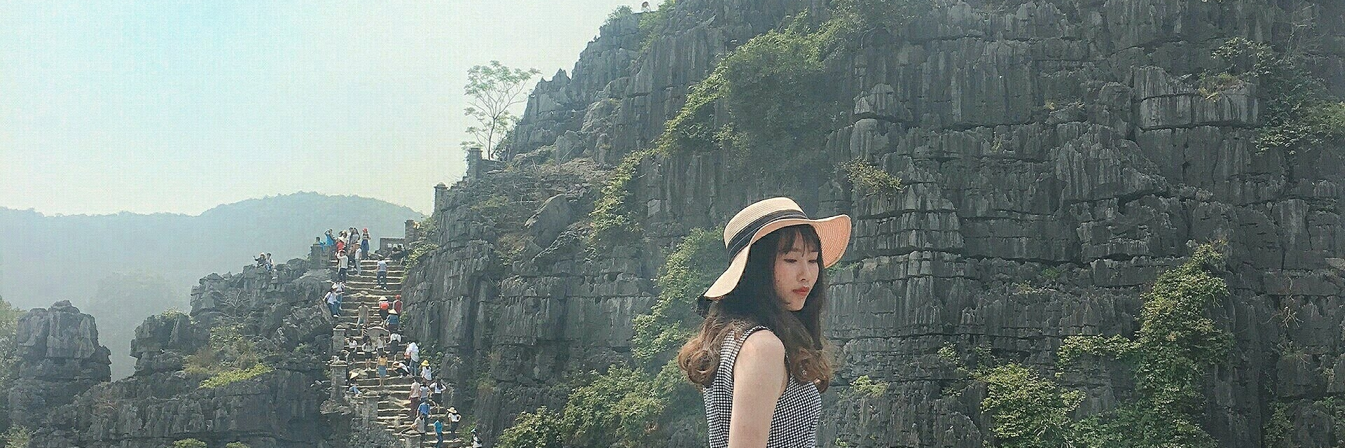 https://gody.vn/blog/13573600744209135344/post/nghe-nhu-ly-mac-sau-dang-dau-dau-doi-nguoi-tren-dinh-hang-mua-3629