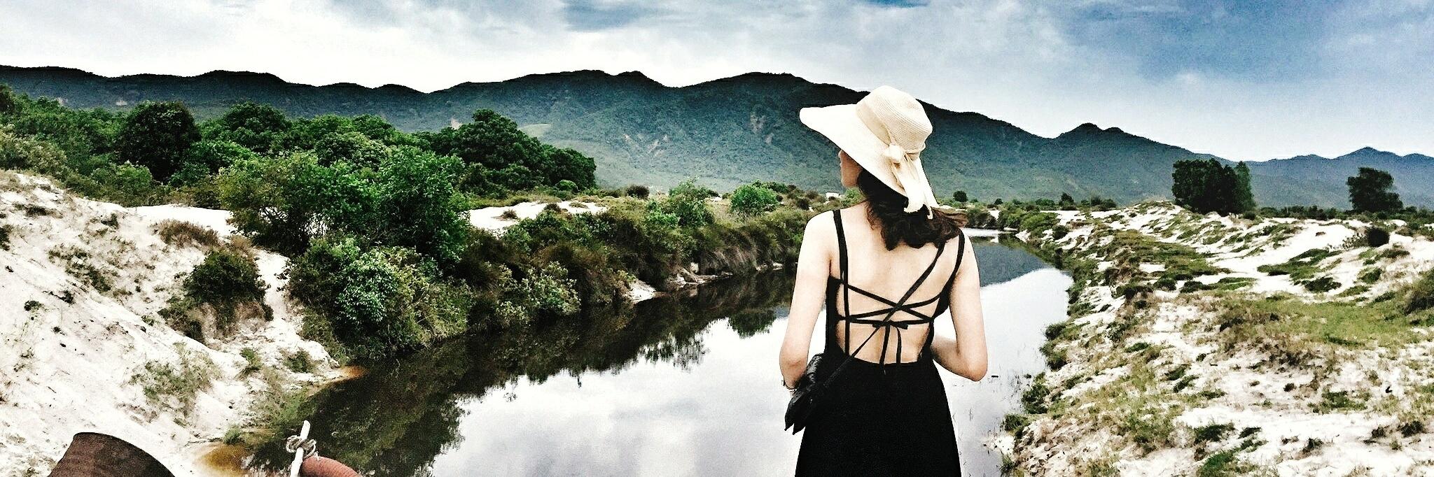https://gody.vn/blog/myfoot5886/post/review-plantrip-danh-tan-con-khat-du-lich-chi-voi-2-ngay-cuoi-tuan-tai-quan-lan-hoang-so-danh-cho-2-nguoi-3730
