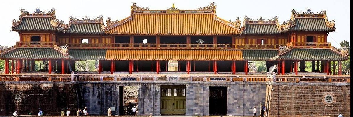 https://gody.vn/blog/thanhduy1232353/post/cung-ngam-nhin-lai-ve-dep-cua-hoang-thanh-hue-sau-du-an-lam-sach-cong-ngo-mon-3649