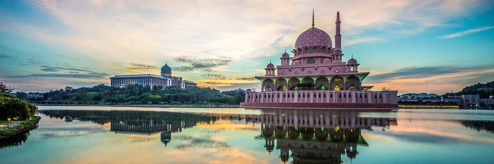 https://gody.vn/blog/yng20175152/post/cam-nang-du-lich-putrajaya-malaysia-cho-o-di-chuyen-tham-quan-5521