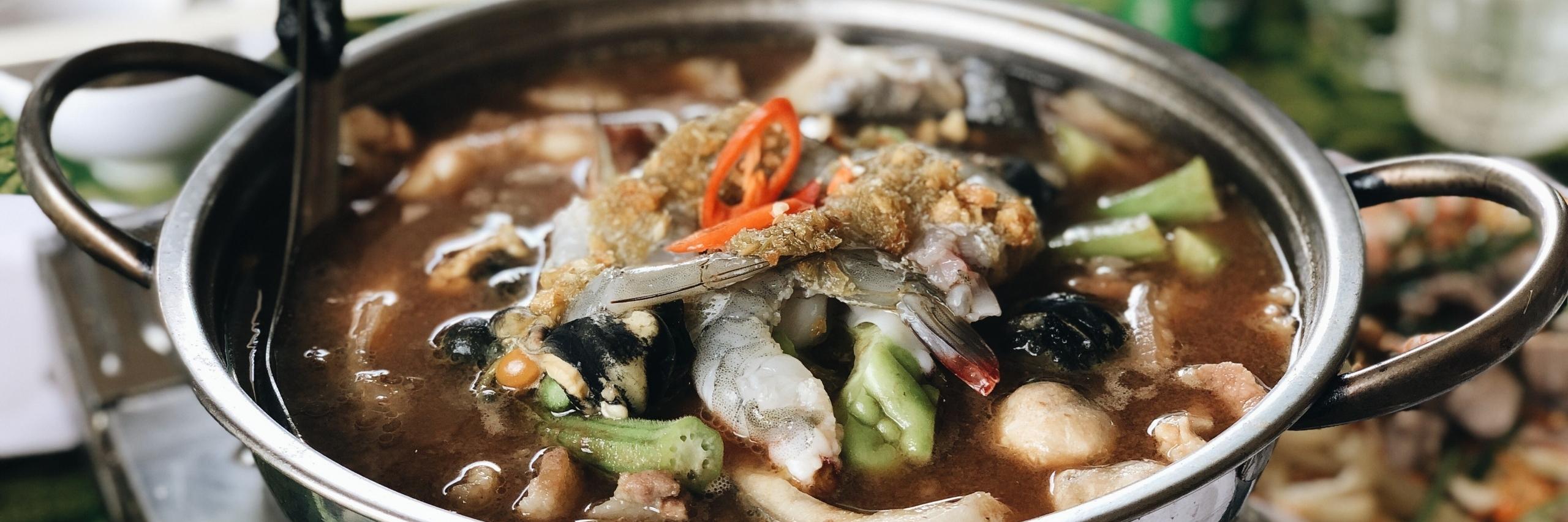 https://gody.vn/blog/hanguyen6557/post/khong-can-di-ve-mien-tay-thuong-thuc-5-quan-lau-mam-dam-da-huong-vi-tai-sai-gon-5349