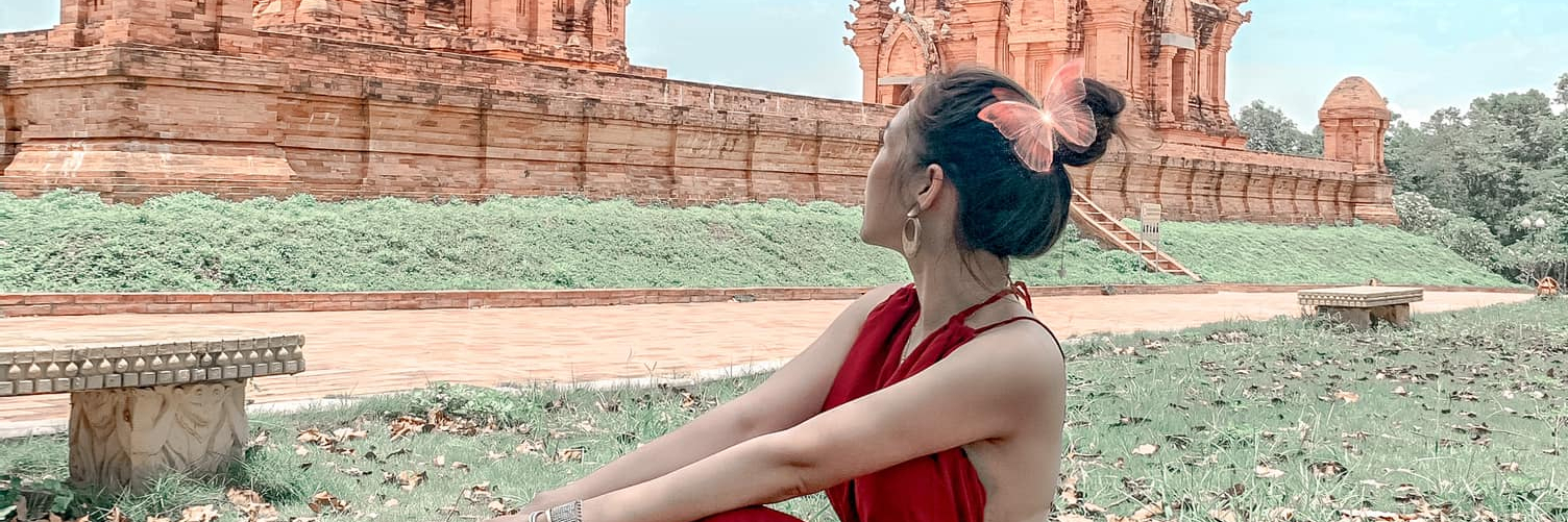 https://gody.vn/blog/phuonganh6069/post/check-in-5-dia-diem-cam-trai-dep-o-viet-nam-cung-hoi-ban-than-8570
