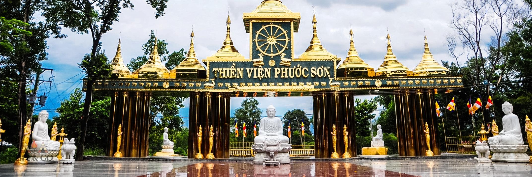 https://gody.vn/blog/lifeandgostudio4271/post/ve-dep-day-ma-mi-cua-ngoi-chua-co-chanh-dien-lon-nhat-viet-nam-4593