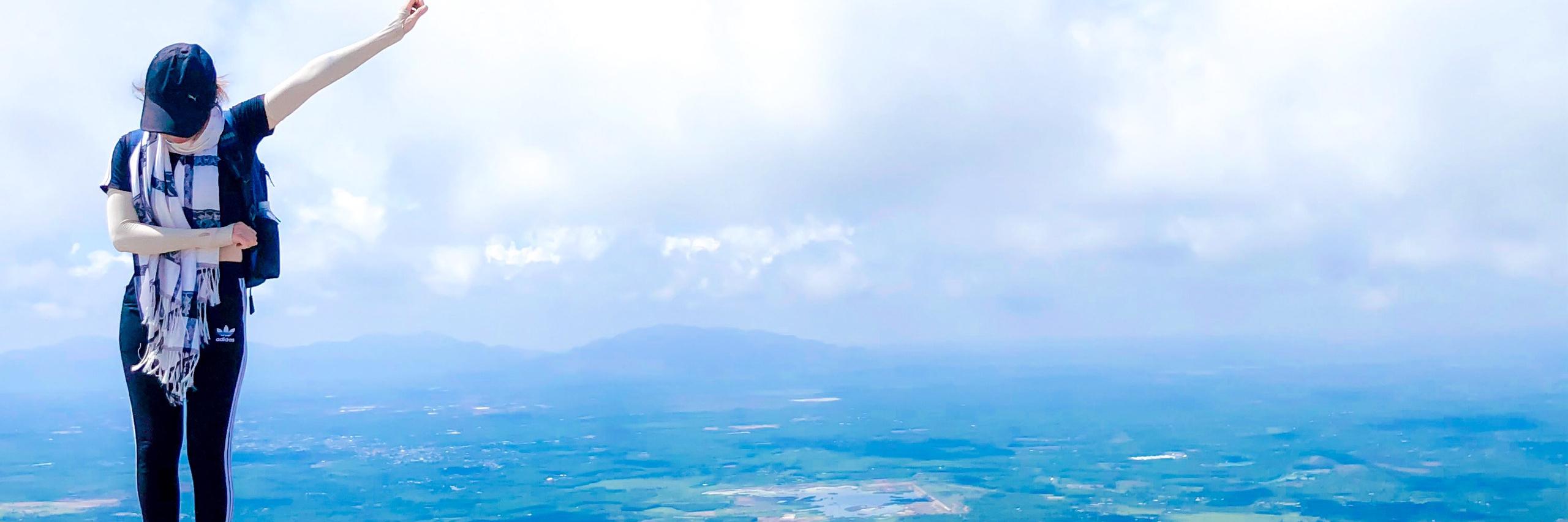https://gody.vn/blog/huynhthu999937253/post/trekking-nui-chua-chan-62020-7506