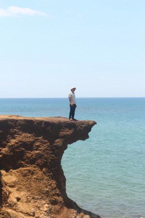 Trước biển ...