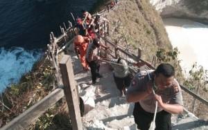 Một du khách Việt Nam thiệt mạng do bị sóng lớn cuốn trôi ở đảo Bali